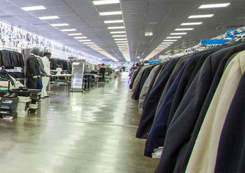 6c4d800294a5 Benvenuti. Il più vasto assortimento di abbigliamento taglie forti ...